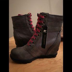 Sorel Lexie wedge boots quarry color